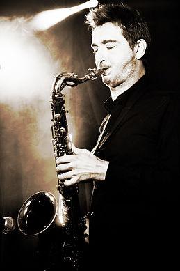 David THERAULAZ vous propose des cours d'improvisation tout au long de l'année. Les cours sont ouverts aux musiciens ayant un minimum de pratique instrumentale.